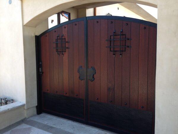 Tuscany Gates North Hollywood Malibu Ca Innovative