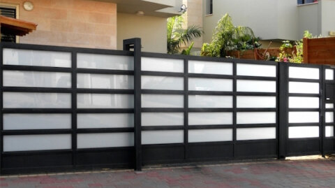 Quality gates increase home value beyond their cost